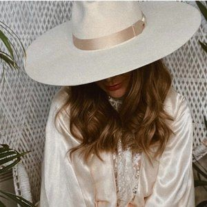 LACK OF COLOR MONTANA IVORY WIDE BRIM FEDORA HAT